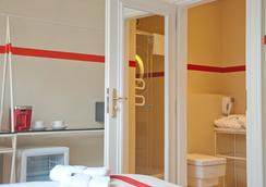 Home Hotel - คราคูฟ - ห้องน้ำ