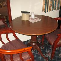 Royal Inn Motel Long Beach In-Room Dining