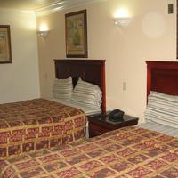 Royal Inn Motel Long Beach Guestroom