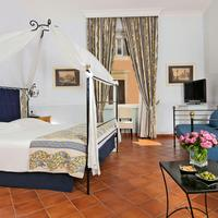 Caesar House Residenze Romane Guestroom