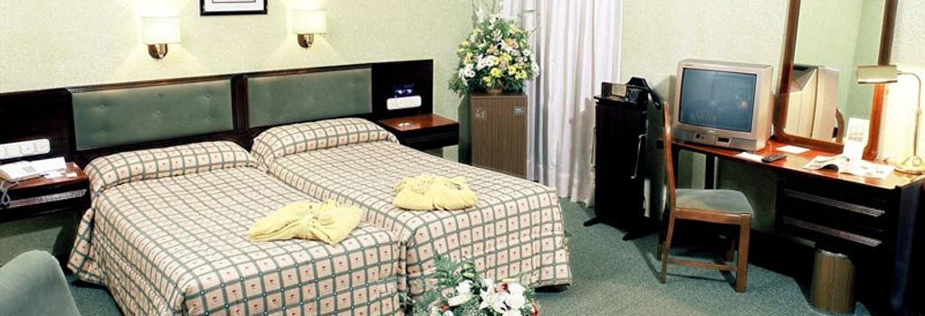 Macia Gran Lar - Sevilla - Bedroom