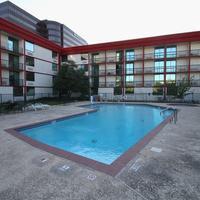 Gateway Hotel Dallas Pool
