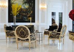Beverly Hills Plaza Hotel & Spa - ลอสแอนเจลิส - ล็อบบี้