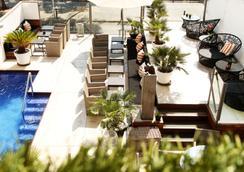 Hotel Feliz - ปาลมา มายอร์กา - สระว่ายน้ำ