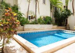 Playa in Condos by Teamoplaya - พลาย่า เดล ตาร์เมน - สระว่ายน้ำ