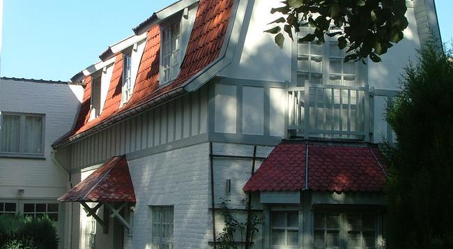 Casa Terlinden - Brussels - Building