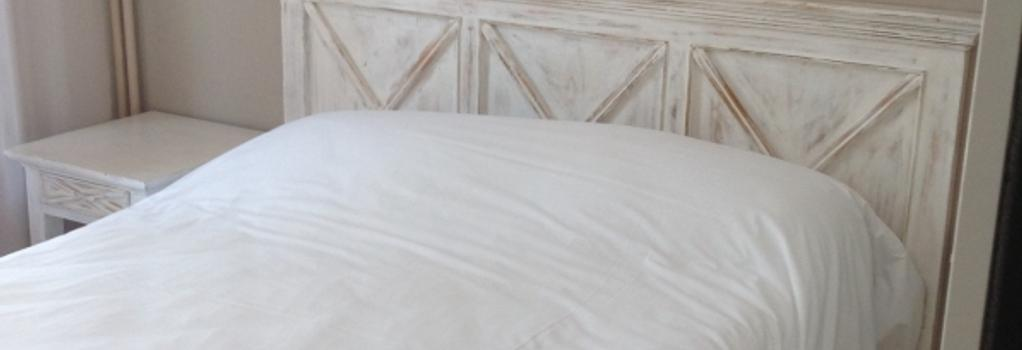 Hotel Bonaparte - Bastia - Bedroom