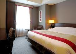 โรงแรมมอนเทอเรย์ อากาซากะ - โตเกียว - ห้องนอน