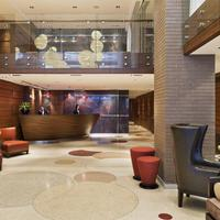 The Pearl New York Lobby Sitting Area