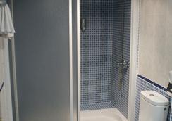 Hotel Los Naranjos - กาเซเรส - ห้องน้ำ