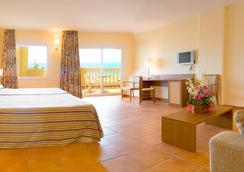 Hotel Rh Casablanca & Suites - เพนิสโคลา - ห้องนอน