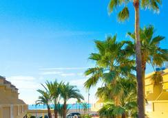 Hotel Rh Casablanca & Suites - เพนิสโคลา - สระว่ายน้ำ