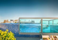 Hotel RH Don Carlos & SPA - เพนิสโคลา - สระว่ายน้ำ