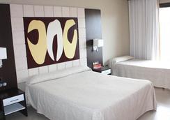 Gran Duque 4 Hotel - โอโรเพซา เดล มาร์ - ห้องนอน