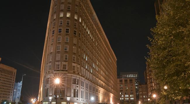 Boston Park Plaza - Boston - Building