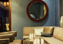 Aaa 1 Bedroom Suite At The Signature Condo Hotel - ลาสเวกัส - เลานจ์