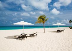 Bucuti & Tara Beach Resort - Adults Only - ออรานเจสตัด - ชายหาด