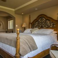 E'Laysa Guesthouse and Vineyard Retreat Guestroom