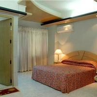 Hotel Tower Inn Guestroom