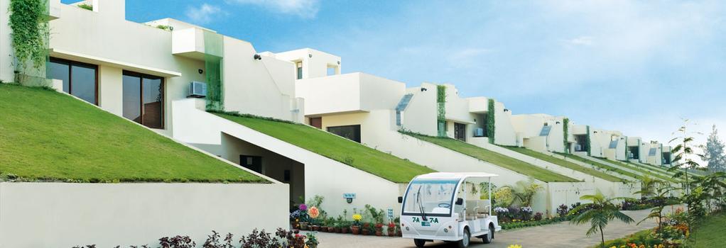 Vedic Village Spa Resort - Kolkata - Building