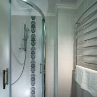 Kavalier Boutique Hotel Bathroom Shower
