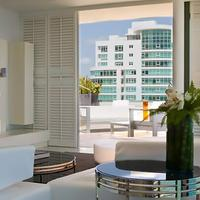 La Concha Renaissance San Juan Resort Guest room