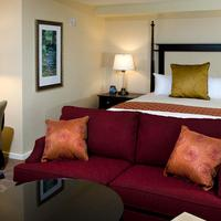 The Inn at Penn, a Hilton Hotel Guest room