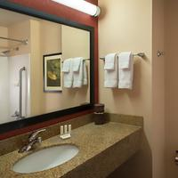 Courtyard by Marriott Denver Downtown Guest room