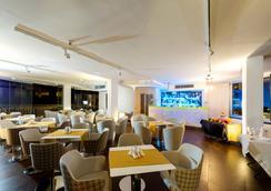 Hotel Leonessa - เนเปิลส์ - เลานจ์