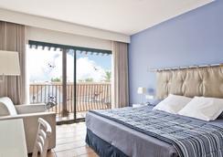 Hotel Portaventura - Theme Park Tickets Included - ซาลู - ห้องนอน