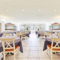 Portaventura Hotel Caribe - Theme Park Tickets Included Restaurant