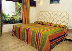 Sands Acapulco Hotel & Bungalows - อคาปุลโก - ห้องนอน
