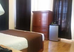 East West Hotel - ลอสแอนเจลิส - ห้องนอน