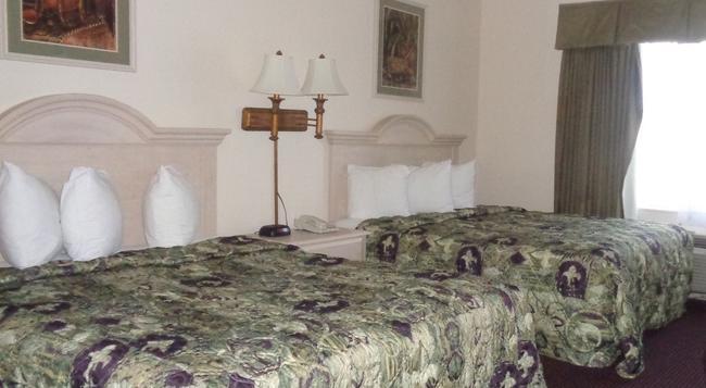 Allure Suites - Fort Myers - Bedroom