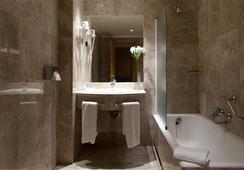 Praga - มาดริด - ห้องน้ำ