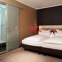 Leonardo Boutique Hotel Munich Guest room