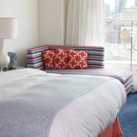 Renaissance Boston Waterfront Hotel Guest room
