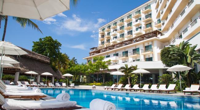 Villa Premiere Boutique Hotel & Romantic Getaway - Puerto Vallarta - Building