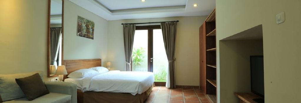Reddoorz @ Kerobokan Seminyak - Denpasar (Bali) - Bedroom