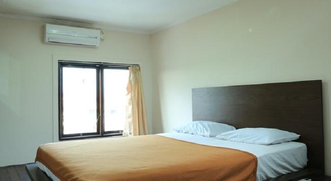 Reddoorz @ Renon - Denpasar - Bedroom
