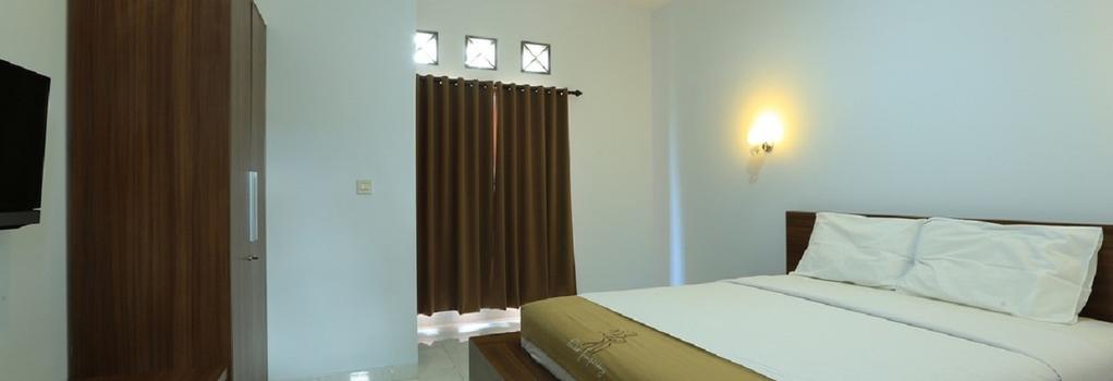 RedDoorz Near By Pass Ngurah Rai - Denpasar - Bedroom