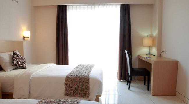Reddoorz Near Lippo Mall 2 - Denpasar - Bedroom
