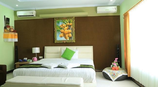 Reddoorz @ Kartika Plaza 2 - Denpasar - Bedroom