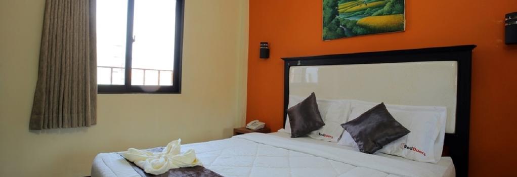 RedDoorz @ Ngurah Rai Airport - Denpasar (Bali) - Bedroom