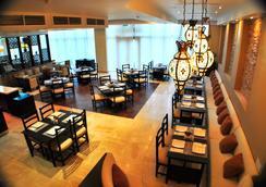 Canvas Hotel Shymkent - Shymkent - ร้านอาหาร
