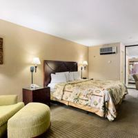 Days Inn And Suites San Diego Near Sea World Standard King Bed Room