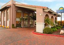 Days Inn And Suites San Diego Near Sea World