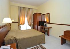 Hotel Virgilio - โรม - ห้องนอน