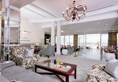 The Beach Hotel - พอร์ตเอลิซาเบท - ร้านอาหาร
