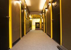 24 Jongno Tower Guesthouse - โซล - ล็อบบี้